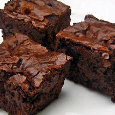 Fudge Brownies - Weight Watchers Recipe Must try.but won't tell they are weight watchers! Weight Watcher Desserts, Weight Watchers Meals, Weight Watchers Brownies, Fudge Brownies, Protein Brownies, Chocolate Brownies, Homemade Brownies, Chocolate Chips, Lemon Brownies
