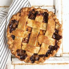 [ Journal ] How To Make Apple Pie. Because, America.