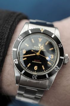 Rolex Submariner with big crown. Vintage Military Watches, Vintage Watches, Vintage Rolex, Rolex Submariner, Fine Watches, Cool Watches, Luxury Watches, Rolex Watches, Rolex 116234