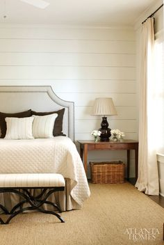 Love the walls and the side table with Basket underneath