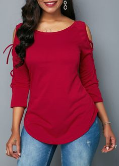 Curved Lace Up Sleeve Wine Red Blouse Winter Fashion Outfits, Women's Fashion Dresses, Trendy Tops For Women, Moda Chic, Red Blouses, Blouse Styles, Lace Tops, Classy Outfits, African Fashion