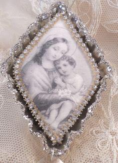 Mother & Child Tart Tin Ornament by trashtotreasureart on Etsy, $16.50