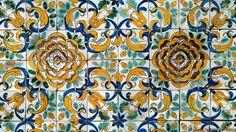 A 17th-Century bouquet (Credit: Museu Nacional do Azulejo)