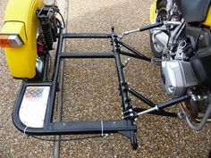 Risultati immagini per construction sidecar Motorcycle Trike Kits, 3 Wheel Motorcycle, Motorcycle Trailer, Cargo Bike, Moto Bike, Bike With Sidecar, Bicycle Cart, Homemade Tractor, Side Car