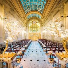 Swooning over this romantic down the aisle view captured by @clanegessel!!! Florals: @asieldesign. #weddinginspo #bridetobe #bridalinspo #wedding #weddingphotographer #weddingideas #love #weddingbells #classy #phototheday #igers #luxury #instabride #brid