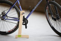 Wood Bike Stand by bikeffects on Etsy Bicycle Stand, Bicycle Shop, Bicycle Wheel, Bike Floor Stand, Bike Stand Diy, Cruiser Bicycle, Bicycle Girl, Velo Design, Bicycle Design