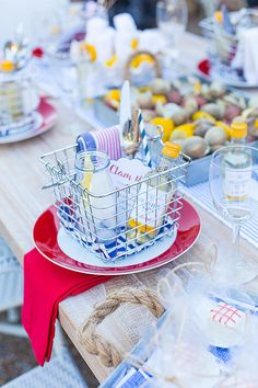 Host A Of July Dinner Clam Bake Style Host A Of July Dinner Clam Bake Style Host A Of July Clam Bake With Tips And Tricks For Setting The Party Tablescape In Style From Courtney Whitmore Of Pizzazzerie Clam Bake Party Table July Style Lobster Bake Party, Seafood Boil Party, Seafood Bake, Planning Menu, Party Planning, 4th Of July Party, Fourth Of July, Patriotic Party, Seafood Broil