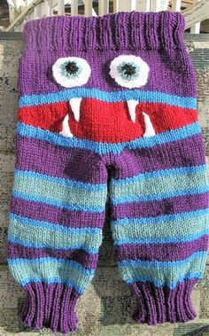 [Free Pattern] Knitted Monster Pants With Mouth And Teeth
