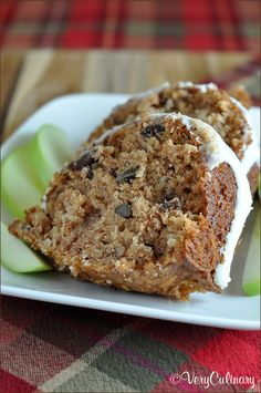 Easy Apple Cake with Cream Cheese Vanilla Icing | Very Culinary