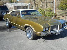 Související obrázek 1972 Cutlass, Orange Candy, Antique Cars, Peach, Bmw, Gold, Vintage Cars, Peaches, Yellow