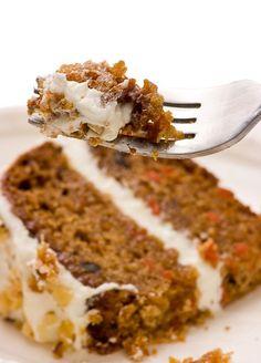 Parce que le Carrot Cake a été élu gâteau préféré des anglais selon une enquête de Radio Times en 2011 et parce qu'il est tout...