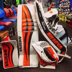 Here's a Orange/White/Black Vaughn V6 setup Courtesy of Front Row Sports' IG page.