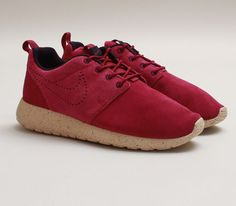 Nike WMNS Roshe Run Suede-Raspberry Red Nike Free Shoes c45847696