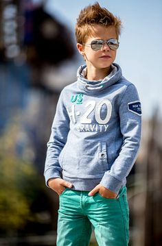 The mint jeans Teen Boy Fashion, Toddler Boy Fashion, Little Boy Fashion, Outfits Niños, Style Outfits, Vetements Shoes, Style Hipster, Moda Kids, Stylish Boys