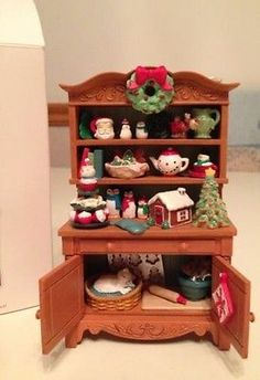 Hallmark Mrs. Claus's Cupboard