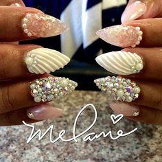 Repost..encapsulated seashells and 3d seashell..@nailcandii #naildesigns #instanails #nailartist #gelnails #gelpolish #beautyblogger #nail #nailbar #mani #nails #nailswag #nailpolish #nailart #nailboss #nailstagram #naildesign #nails2inspire #nailartaddict #nailaddict #nailporn #nailedit #boricua #naillacquer #fashionnails #fashionblogger #essence #makeup #like4like #l4l #notd