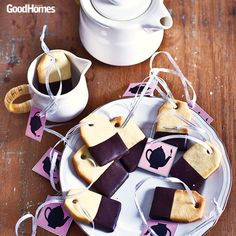 Choco-coated tea-bag cookies are simply diva-licious!