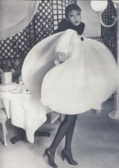 Pierre Cardin, 1960s: circular.Through his designs , I think him is a design can predict the future fashion. ( 28.10.13)