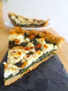 Quiche Spinach, Goat cheese, honey and walnut Kitchen Recipes, Cooking Recipes, Helathy Food, Veggie Main Dishes, Food Is Fuel, Dinner Dishes, Berry, Mozzarella, No Cook Meals