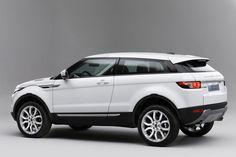 Range Rover Evoque, Radical, sleek new SUV from Land Rover - The Weekly Driver Range Rover Evoque 2012, Range Rovers, Range Rover Car, Range Rover White, My Dream Car, Dream Cars, Prestige Car, Car Interior Design, Land Rover