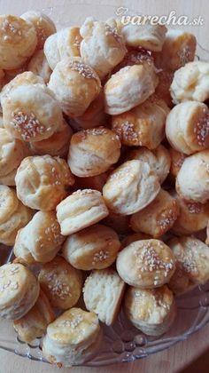 Prekladané koláčiky so syrom (fotorecept) - recept Pretzel Bites, Nova, Pizza, Bread, Baking, Hampers, Brot, Bakken, Breads