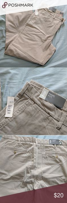 Old Navy khaki pants Old Navy, size 38x32 straight, khaki, NWT! Never been worn! Old Navy Pants Chinos & Khakis