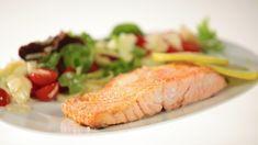 Ricetta Salmone cotto al sale: Il salmone cotto al sale è l