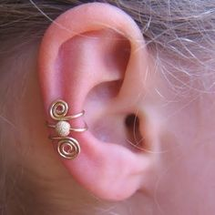 no piercing required....cute Ear cuff.
