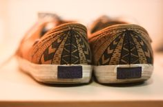 DIY: Tribal shoes