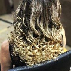 Preparação 😍 * Master em Penteados São Paulo/SP * Nossa próxima turma em São Paulo será nos dias 10 e 11 de Setembro/2017 :D 🔸 Últimas Vagas 🔸 #PenteadosSoniaLopes ✨ . . . #sonialopes #cabelo #penteado #noiva #noivas #casamento #hair #hairstyle #weddinghair #wedding #inspiration #instabeauty #beauty #penteados #novia #tranças #inspiração #tutorial #tutorialhair #noivasmaceio #maceio #lovehair #videohair #curl #curls #trança #cabeleireiros #peinado