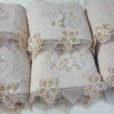 Luxury Towels, Elegant Table, Diy And Crafts, Photo And Video, Apron, House, Embroidered Towels, Bath Linens, Decorative Towels