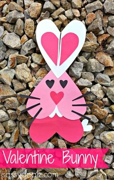 Heart Bunny Rabbit Craft For Kids #Valentines day craft for kids #Heart animal #DIY | CraftyMorning.com