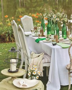 A simple white cloth and green accents make this alfresco table shine in a verdant setting. #southernladymag #tabletopinspo #tabletoptuesday #tablescapetuesday #tablescapes #tablescape #alfresco #diningalfresco Southern Ladies, Green Accents, Tablescapes, Entertaining, Table Decorations, Dining, Simple, Furniture, Summer