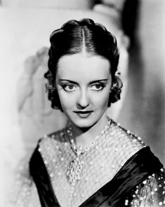 "BEST ACTRESS: (1938) BETTE DAVIS for ""Jezebel.""  Born: Ruth Elizabeth Davis  April 5, 1908 in Lowell, Massachusetts, USA Died: October 6, 1989 (age 81) in Neuilly-sur-Seine,"