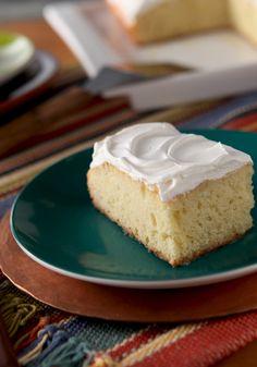 Pastel de tres leches-El pastel de tres leches es por tradición uno de los platillos estrella en tus reuniones, ¡y sabemos porque! Prepáralo y verás.