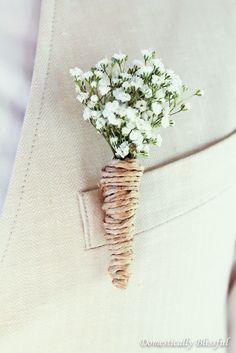 DIY Wedding Boutonnieres