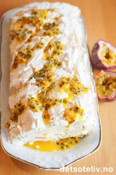 Tropisk marengsrull | Det søte liv Let Them Eat Cake, Lasagna, Nom Nom, Healthy Recipes, Cheese, Baking, Ethnic Recipes, Food, Painting