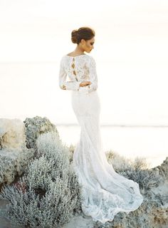 Beach Destination Bridal Inspiration | Feather and Stone Photography on @bajanwed