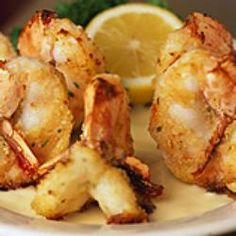 SHRIMP ALEXANDER Morton's Steakhouse Copycat Recipe 4 oz. melted butter or margarine prepared bread crumbs ( see below ) 1 pound j. Shrimp Recipes For Dinner, Seafood Dinner, Fish And Seafood, Appetizer Recipes, Shrimp Appetizers, Shrimp Skewers, Shellfish Recipes, Seafood Recipes, Cooking Recipes