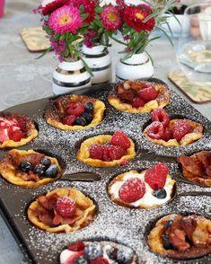 Yoghurt og bananpannekaker Banan, Panna Cotta, Muffins, Cheesecake, Yummy Food, Sweets, Cakes, Ethnic Recipes, Desserts