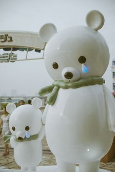 Odaiba <3 these bears!! Want to go see them again!!! (From Flicker)