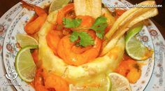 El mofongo es un epítome de la gastronomía puertorriqueña. Gonzalo nos comparte esta facil y deliciosa receta de Mofongo de Pana con camarones.