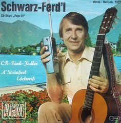 Eine Seite des Jodlers, Sängers, Komponisten und Texters dem Schwarz-Ferdl. Music Instruments, Guitar, The Last Song, Musik, Black, Musical Instruments, Guitars
