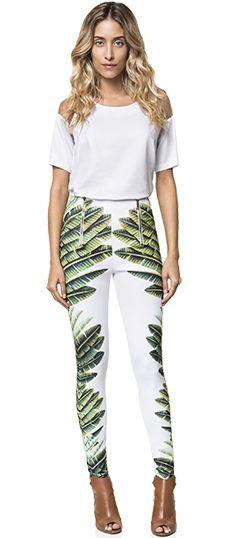 Calça deusa de neoprene e estampa tropical!