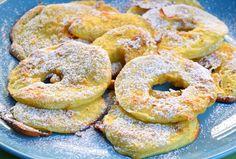 WW Baked Apple Pancakes - Main course and recipe - - Breakfast Platter, Dessert Platter, Dessert Dips, Ww Desserts, Vegan Dessert Recipes, Vegan Breakfast Recipes, Delicious Vegan Recipes, Easy Healthy Recipes, Vegetarian Recipes