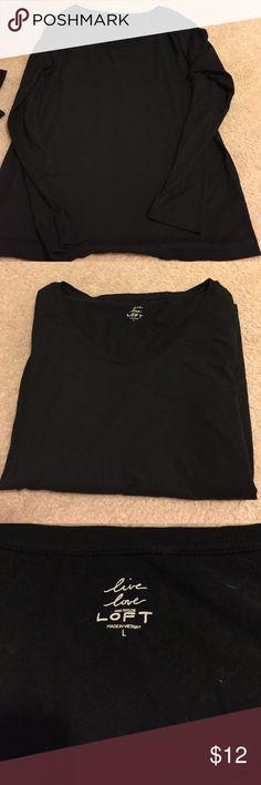 Gently used Loft long sleeve shirt Gently used Loft long sleeve shirt. Very comfy and great for layering. LOFT Tops Tees - Long Sleeve
