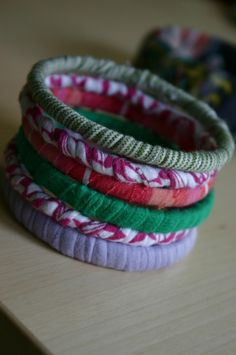 T-Shirt Bracelets - great way to recycle your old t-shirts #diy #tshirt #recycle #crafts kris10mac