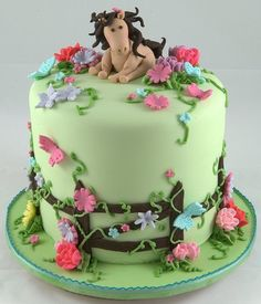 NEED this cake for my next b-day, but the horse must be either black and white with blue eyes or black with a blaze!