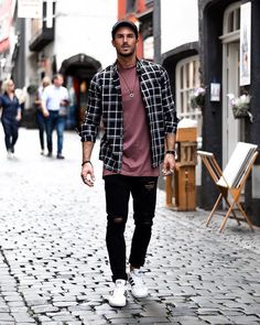 Yay or nay? Follow @mensfashion_guide for more! By @andremerzdorf #mensfashion_guide #mensguides