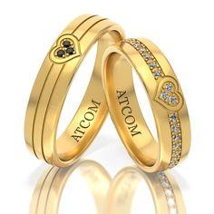 Verighete din aur galben cu diamante albe si negre. Love Bracelets, Cartier Love Bracelet, Bangles, Gold Rings, Aur, Rose Gold, Watches, Jewelry, Women